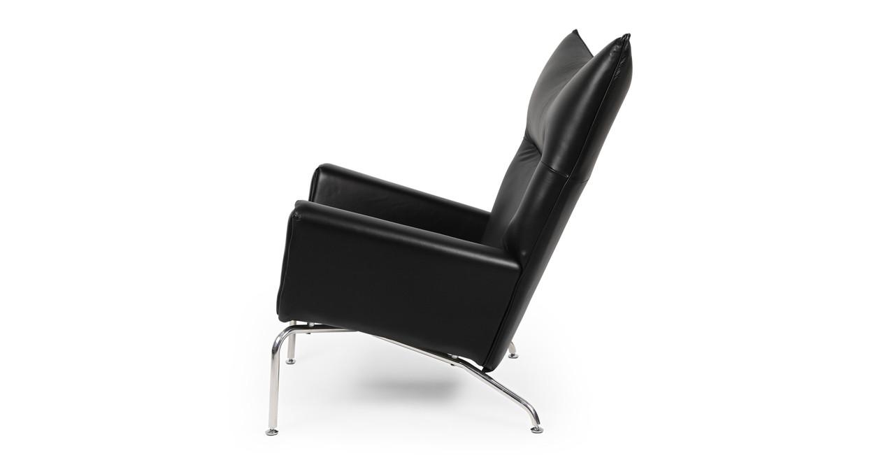 Brand new Wegner Wing Chair & Ottoman, Black Premium Leather - Kardiel TE05