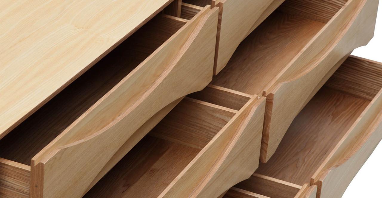 arne-vodder-dresser.png